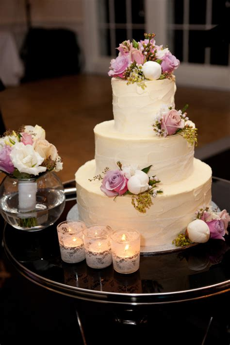 Tier Medium bcg50 3 tier medium wedding cake finished in a soft textured ivory buttercream icing and