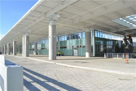 seattle airport conrac  open   years rental