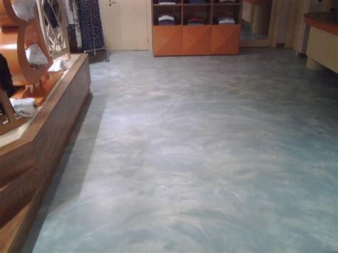 pavimenti in resina per abitazioni pavimento in resina lucida per living quotes