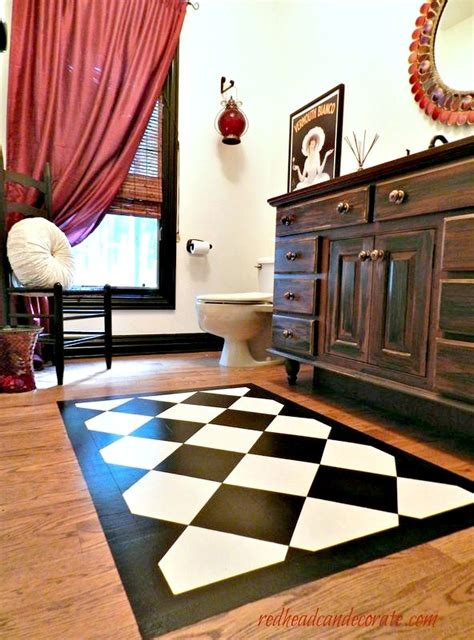 Rug Painted On Floor by Paint A Rug On Your Wood Floor Can Decorate