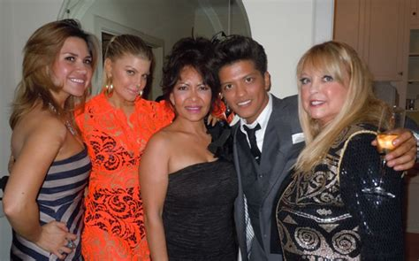 bruno mars biography mother photo op bruno mars rihanna and fergie bring their moms