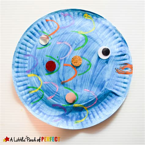 paper plate fish template paper plate fish craft inspired by the rainbow fish