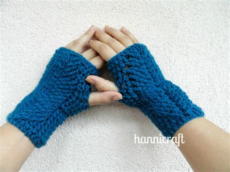 pattern for fingerless gloves hannicraft braided fingerless mittens free pattern