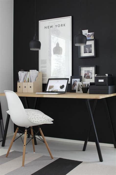 Schreibtisch Kleines Büro deckengestaltung wohnzimmer beispiele