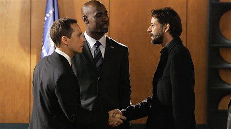 house season 6 episode 11 wayne palmer introduces reed to hamri al assad in 24 season 6 episode 11 24 spoilers