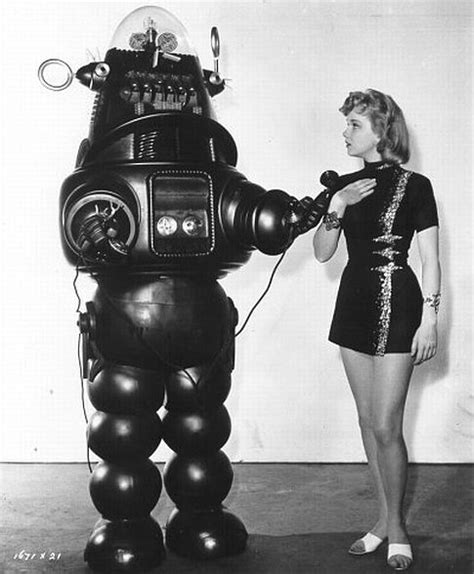 Film Robbie Robot | 13 wicked robots that you wouldn t want to mess with
