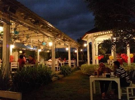 Coffee Toffee Taman Apsari 85 tempat nongkrong 24 jam di jogja dekat malioboro