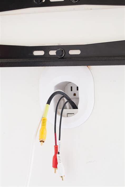 fernseher wand kabel verstecken how to hide cords on a wall mounted tv in my own style