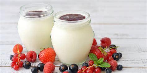 cara membuat yogurt untuk rambut 4 cara mudah merawat rambut dengan yogurt merdeka com