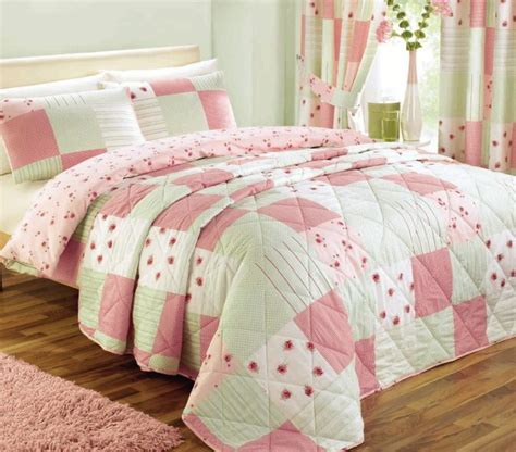 Bedroom Quilts And Curtains | pink patchwork bedding duvet quilt cover bedspread or
