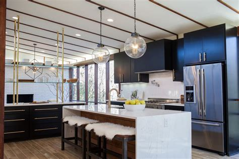 Latest Kitchen Backsplash Trends before and after kitchen photos from hgtv s fixer upper