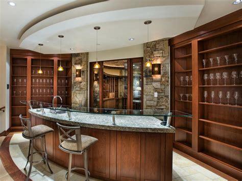 Meja Billiard Fullset ide home bar elegan yang bisa kamu terapkan di rumah