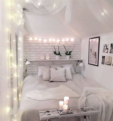 small white bedroom best 25 tiny bedrooms ideas on pinterest tiny bedroom