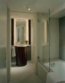 bath tub shield screens pivoting bathtub doors
