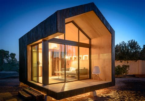 Tumbleweeds Tiny Houses by 17 Tiny Dream Homes Under 200 Square Feet Huffpost