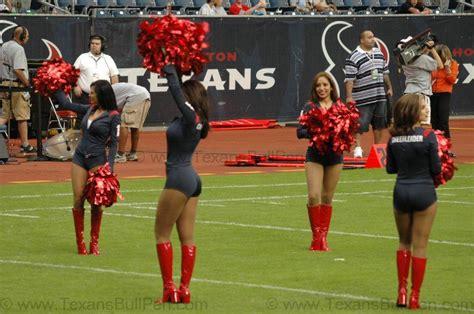 new houston texans cheerleaders photo images 08 20 05 oakland raiders vs houston
