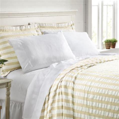 lightweight summer coverlets image gallery lightweight bedspreads
