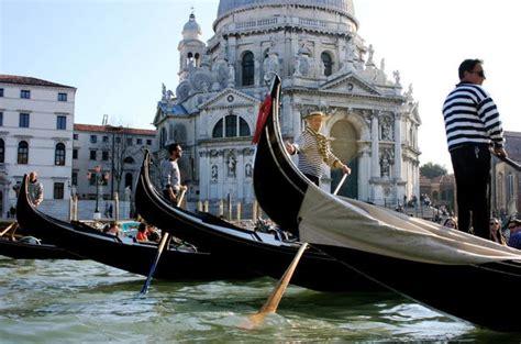 best gondola ride in venice tour venice gondola ride with serenade 2017 venice