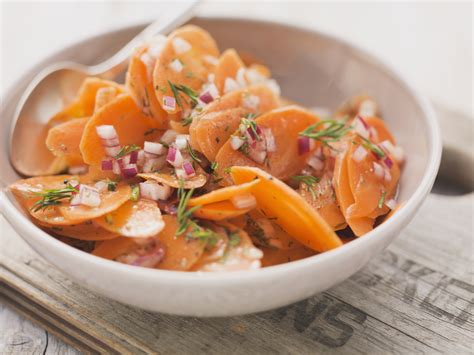 cucinare carote lesse insalata di carote agrodolce