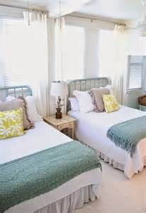 Best Mattress For Guest Bedroom - best 25 guest bedrooms ideas on pinterest guest rooms spare bedroom ideas and guest room
