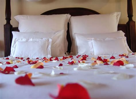 wedding night romance in bed wallpapers gallery romantic beds enjoy your wedding night