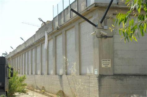 casa circondariale lucca carcere conflitto tra direzione e rappresentanze
