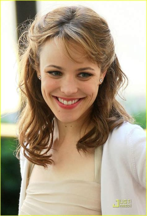 pictures of women wearing the rachel haircut rachel mcadams hair actually i will just take it all