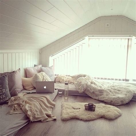 teenage bedrooms tumblr room badroom white floor tumblr