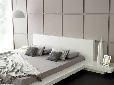 Modern Bedroom Furniture, Emer White Platform Bed   Living