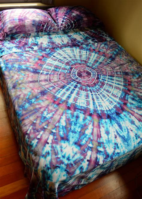 tie dye bedding hand dyed tranquillity queen sheet set in soft tie dye colors