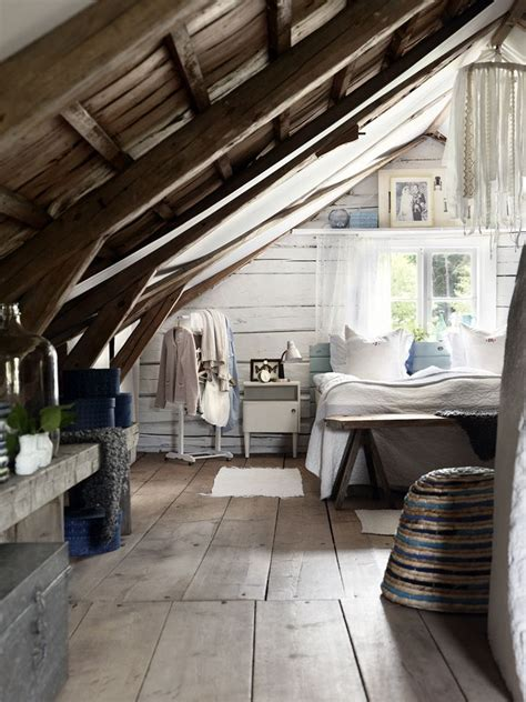 rustic attic bedroom 1000 images about cozy attic rooms under the eaves on