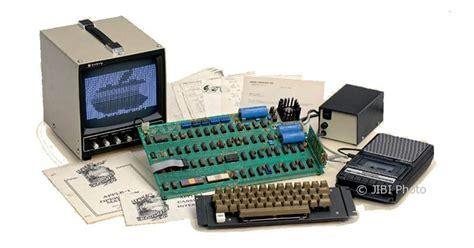 Laptop Apple Keluaran Pertama komputer keluaran pertama apple terjual rp1 7 miliar tekno 187 semarangpos