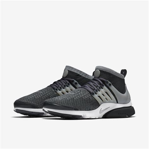 Nike Air Presto Low Untility Marun Premium Quality nike air presto ultra flyknit maroon and black the river