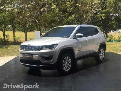 jeep compass 7 seater jeep yuntu concept 7 seater suv teased drivespark news