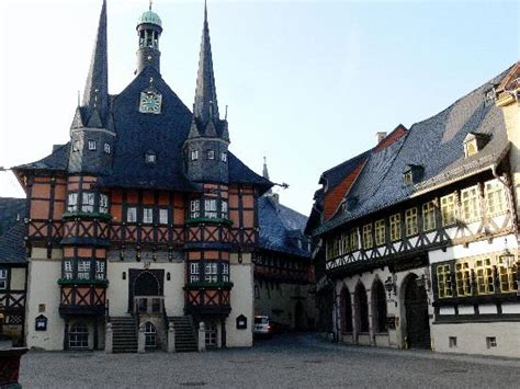 hotel gotisches haus wernigerode wernigerode town and hotel is the building on the