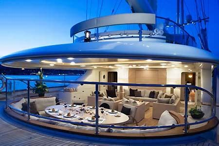 privater speisesaal nyc parisfal iv sailing yacht charter mediterranean caribbean nyc