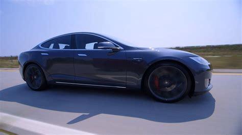 Bloomberg Tesla Review Tesla Model S P90d Almost Bloomberg