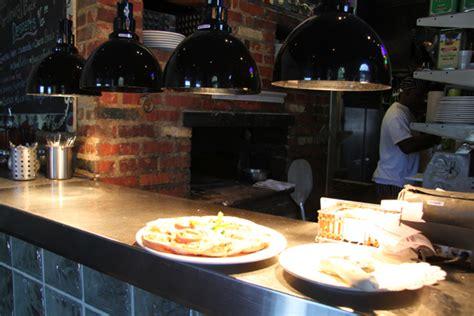 louisiana pizza kitchen new orleans restaurant
