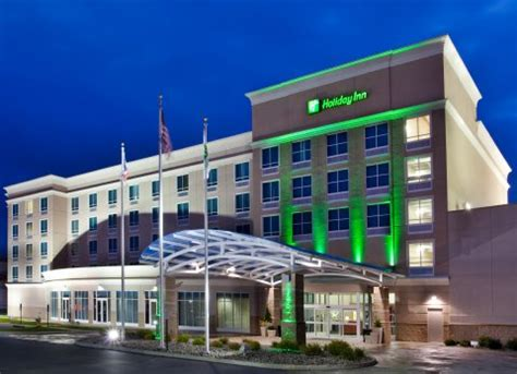 Hotels With In Room Toledo Ohio by Inn Toledo Maumee Waterpark Maumee Oh