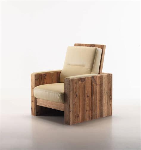 poltrona in legno poltrona cuscini in pelle segala arredamenti