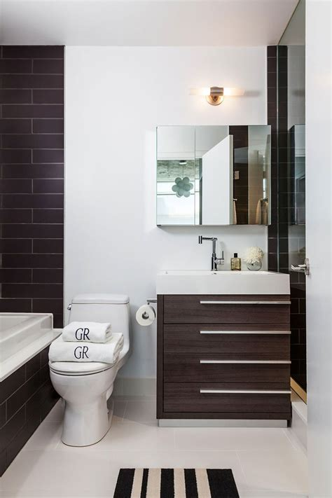 17 best ideas about modern small bathrooms on pinterest