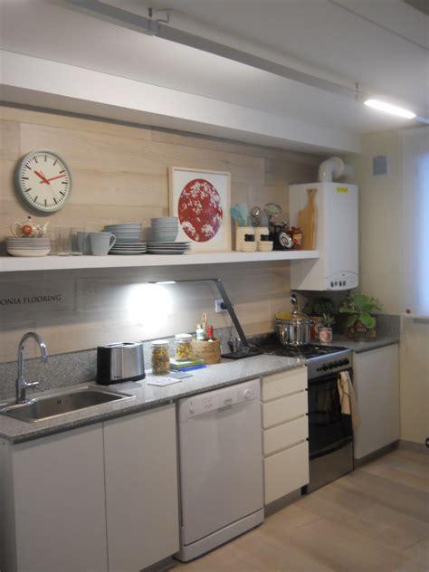 iluminacion para cocina griscandi la iluminaci 243 n de armarios y estanter 237 as en la