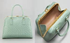 Harga Fendi Mini Peekaboo kerajinan tas tangan termahal di dunia tahun ini viva