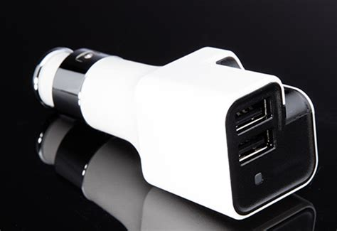 ionic car air purifier and dual usb charger sharper image