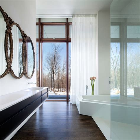 A House In The Woods Modern Bathroom New York By William Reue Architecture