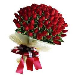 Cartoon Flower Vase Send Bunch Of 50 Red Roses To Kolkata On Valentines Day