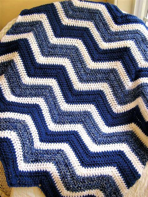 white pattern blanket item 2435 all vanna white yarn soft colonial blue