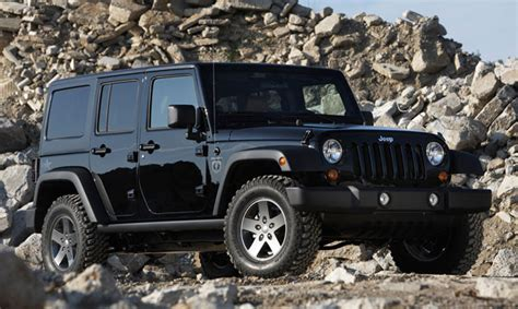Blacked Out 4 Door Jeep Wrangler Jeep Wrangler Call Of Duty Black Ops Edition Slashdot
