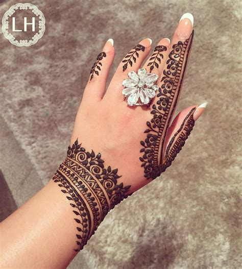 henna tattoos london 264 best mehndi images on henna mehndi henna