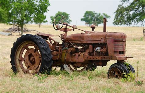 Old Rusty Tractor Photograph by Lisa Moore